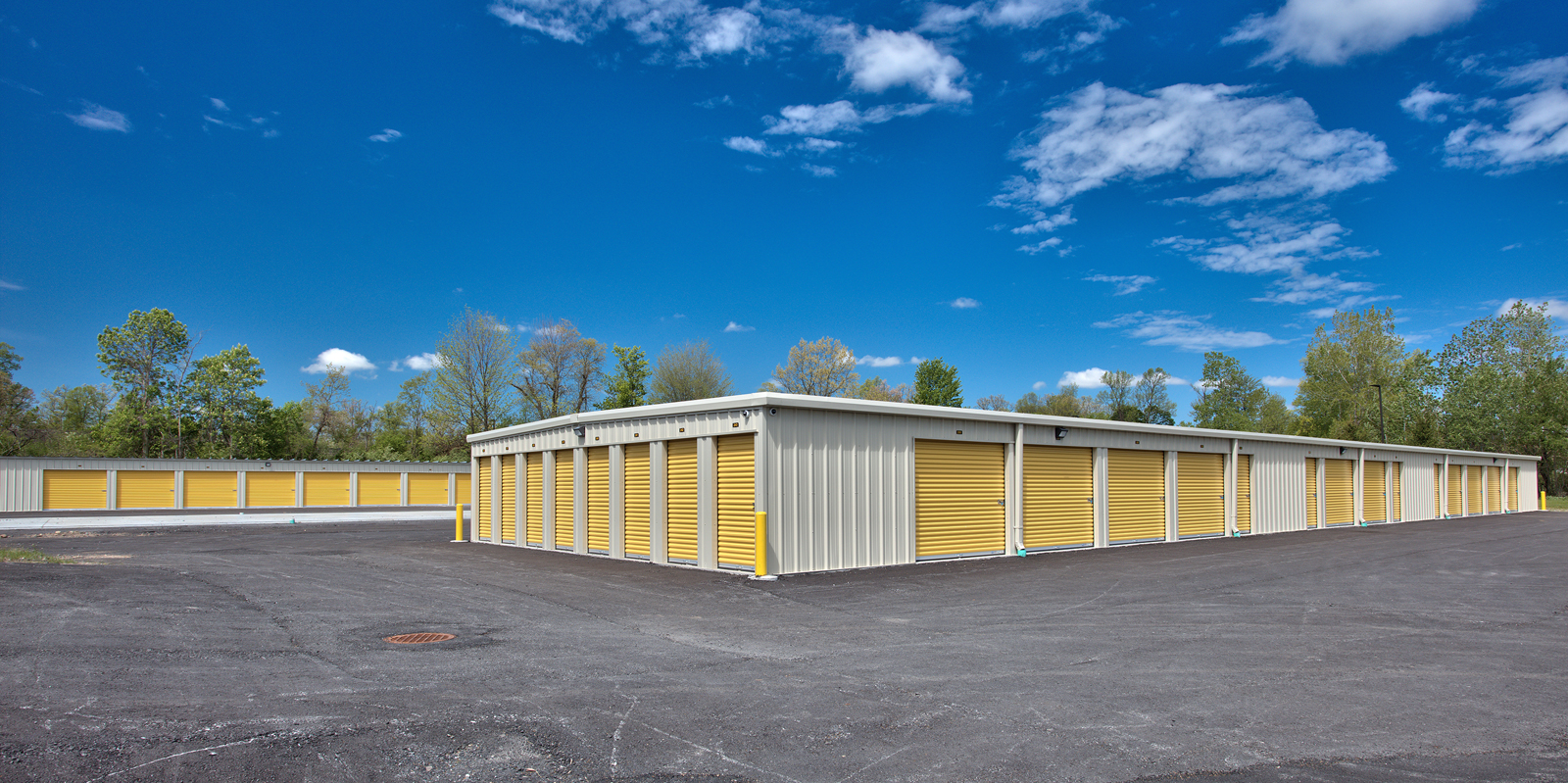 life-storage-exterior-lockers.jpg