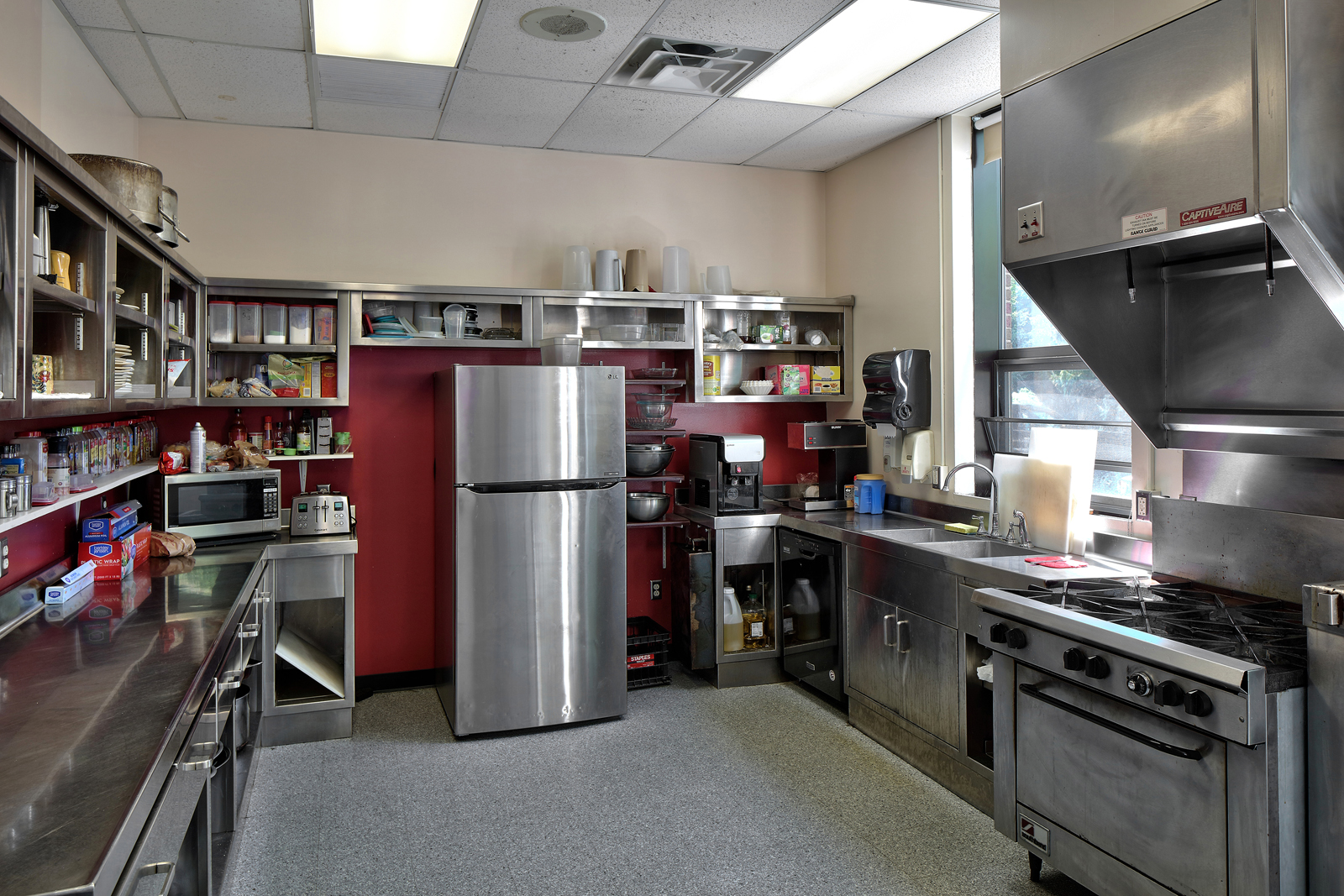 south-ave-fs-kitchen.jpg