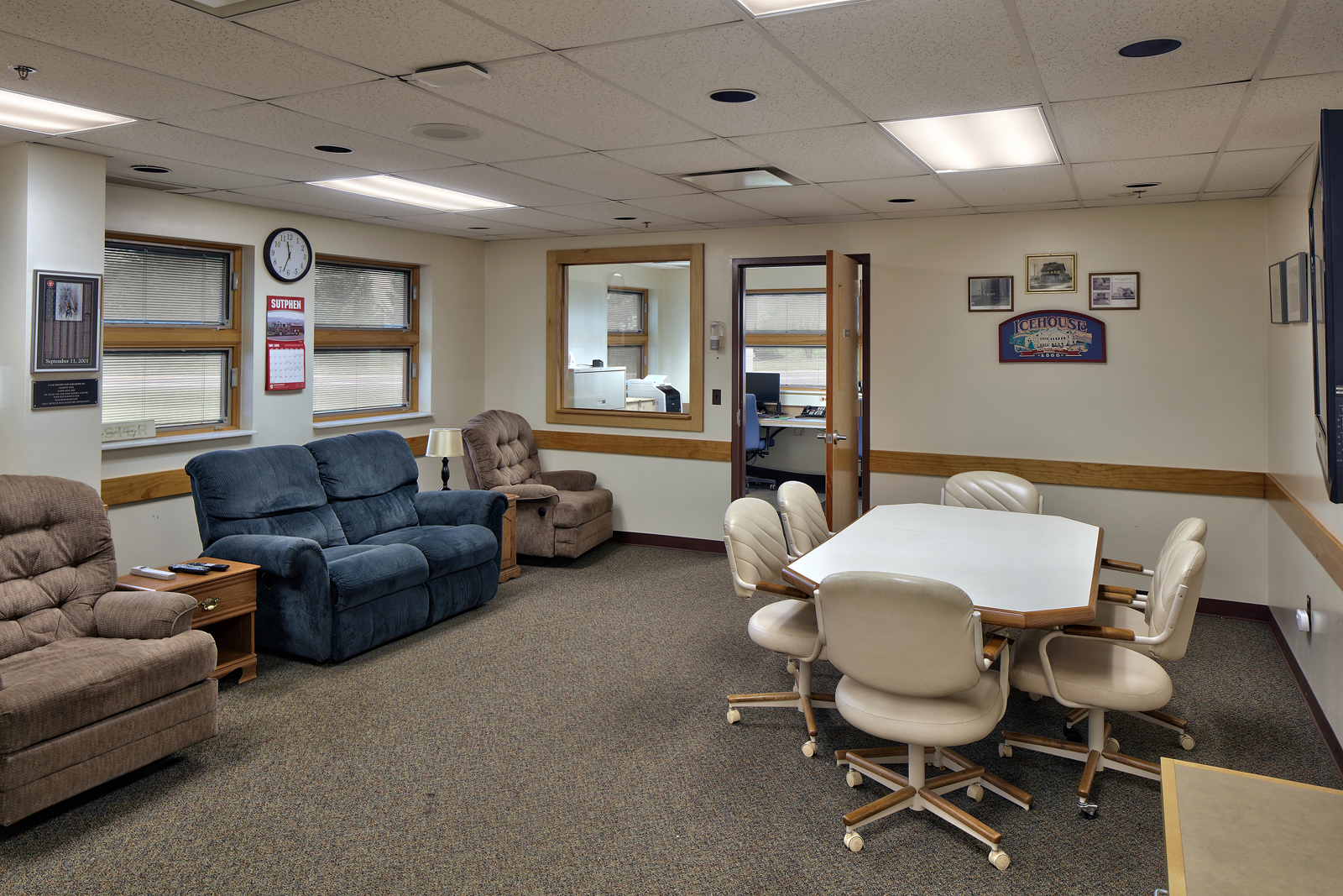 west-webster-fs-lounge.jpg